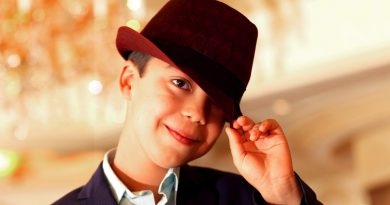 Young Ethan Bortnick Childhood Photos Age Family Height Weight