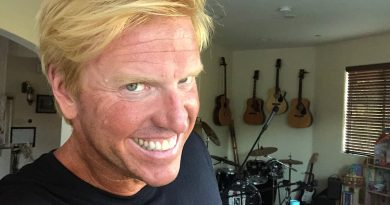 Young Jake Busey Childhood Photos Age Family Height Weight