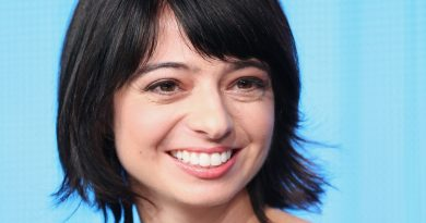 Young Kate Micucci Childhood Photos Age Family Height Weight