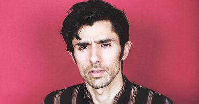 Young Kshmr Childhood Photos Age Family Height Weight