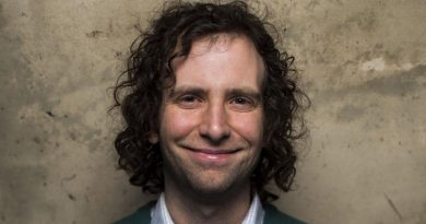 Young Kyle Mooney Childhood Photos Age Family Height Weight