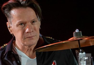 Young Larry Mullen, Jr. Childhood Photos Age Family Height Weight