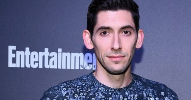 Young Max Landis Childhood Photos Age Family Height Weight