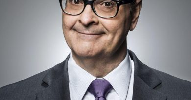 Young Steve Higgins Childhood Photos Age Family Height Weight