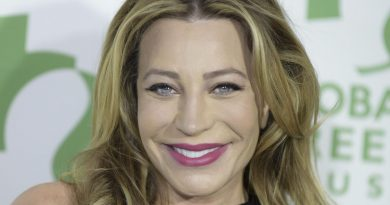 Young Taylor Dayne Childhood Photos Age Family Height Weight
