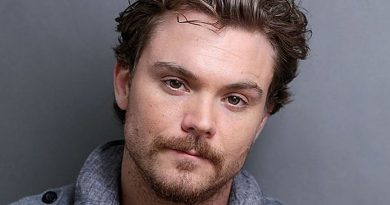 Young Clayne Crawford Childhood Photos Age Family Height Weight