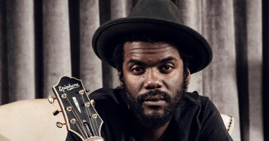 Young Gary Clark, Jr. Childhood Photos Age Family Height Weight