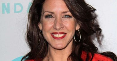 Young Joely Fisher Childhood Photos Age Family Height Weight