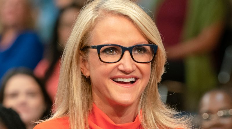 Young Mel Robbins Childhood Photos Age Family Height Weight