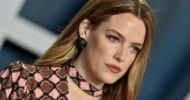 Young Riley Keough Childhood Photos Age Family Height Weight