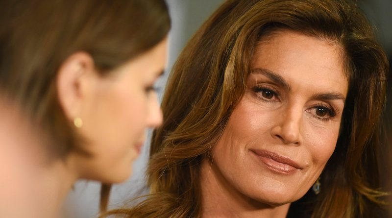 Young Cindy Crawford Childhood Photos Age Family Height Weight