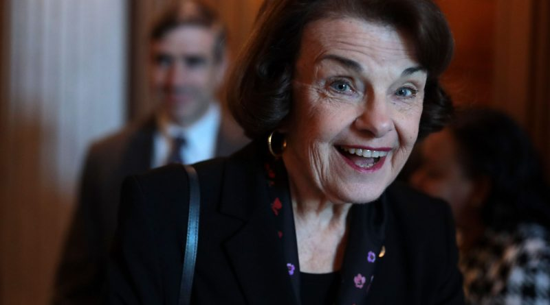 Young Dianne Feinstein Childhood Photos Age Family Height Weight