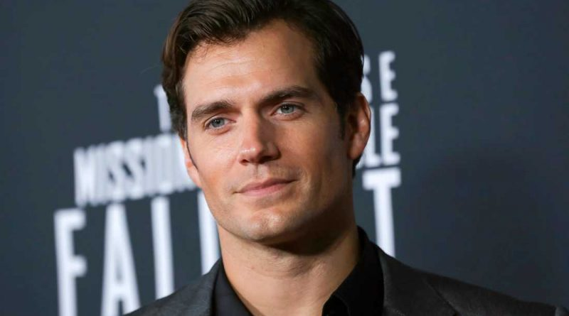 Young Henry Cavill Childhood Photos Age Family Height Weight