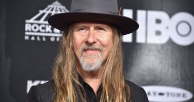 Young Jerry Cantrell Childhood Photos Age Family Height Weight