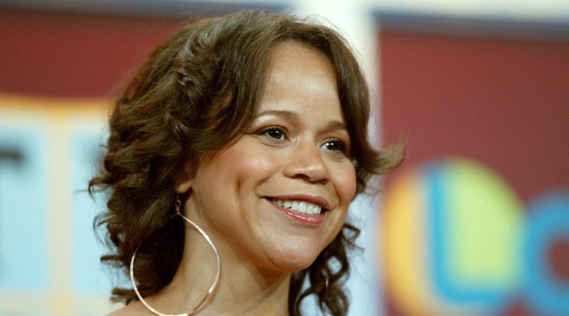 Young Rosie Perez Childhood Photos Age Family Height Weight