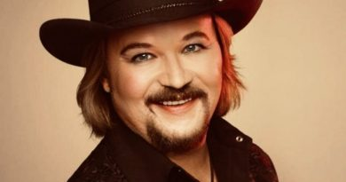 Young Travis Tritt Childhood Photos Age Family Height Weight